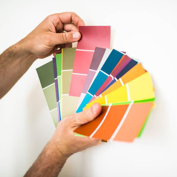 Auswählen einer neuen Farbe – Foto