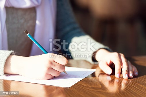 istock Choosing answer in the classroom 520335922