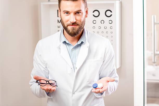 Choosing between lenses and glasses picture id627983848?b=1&k=6&m=627983848&s=612x612&w=0&h=lhwlantczp qfvxxixhvvw6grvy 0dhujbnhcjxdk2s=