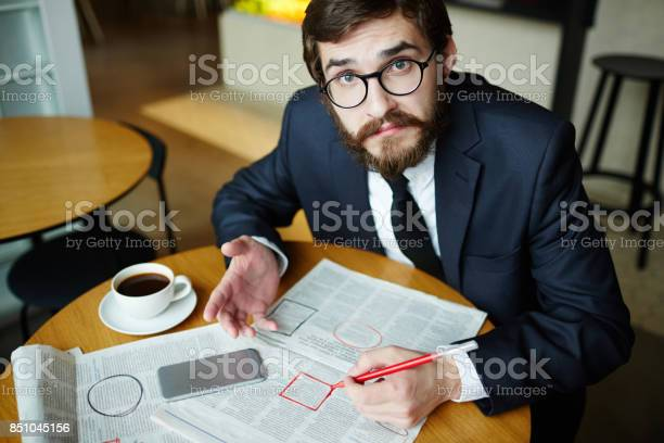 Choosing vacancy picture id851045156?b=1&k=6&m=851045156&s=612x612&h=y4xr39fnyikv0yt4p5 byymvcrwzjjurkqxq1lkuowc=