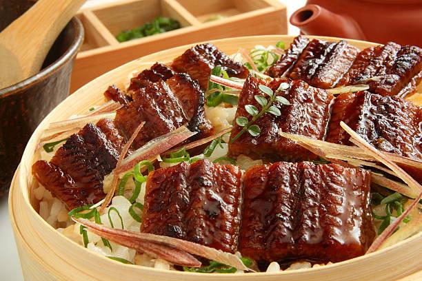 chopped grilled eel rice, hitsumabushi - peixe na grelha imagens e fotografias de stock