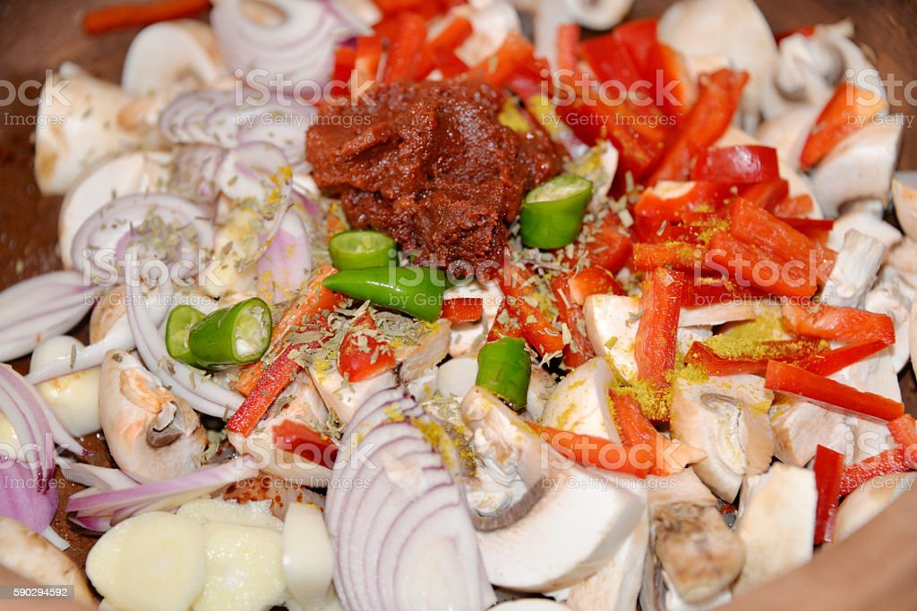 chopped onions on rustic. top view Стоковые фото Стоковая фотография