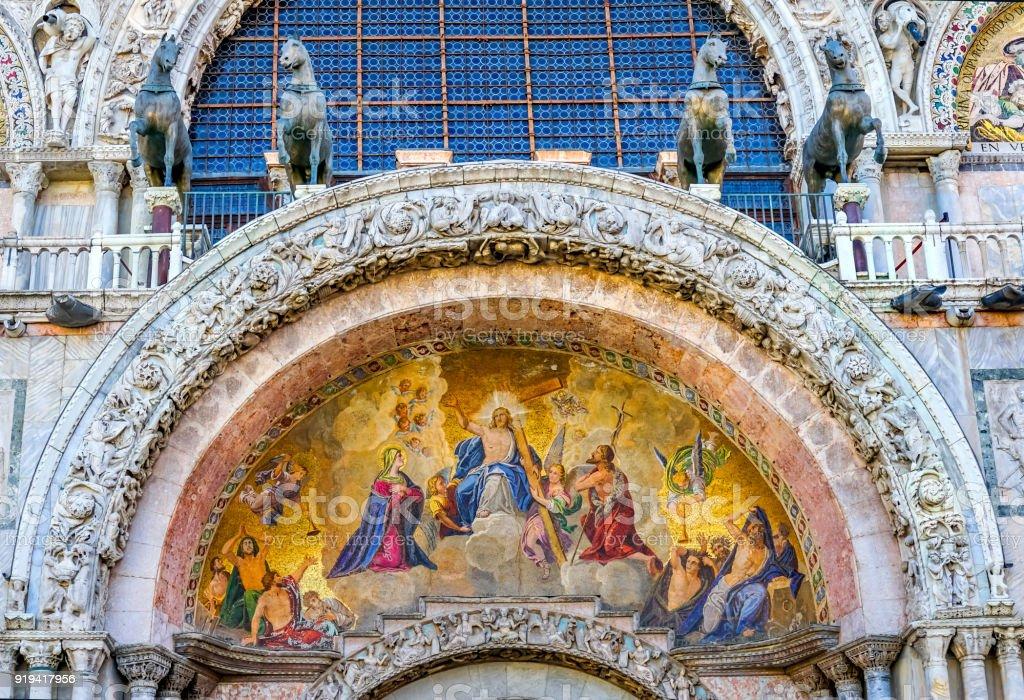 Fotografía de Antiguo Mosaico De La Resurrección De Cristo Los ...