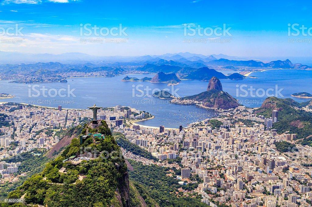 E Cristo Redentor no Rio de Janeiro - foto de acervo