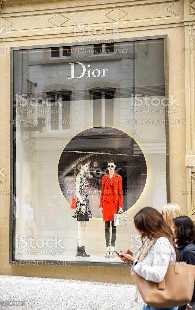 c7a88c6805d9 Christian Dior Negozio Di Lusso In Lussemburgo - Fotografie stock e ...