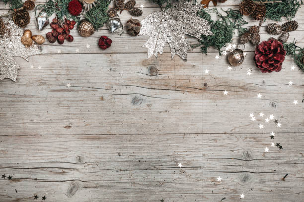 christmas and autumnal gray wood background with decoration - dicembre foto e immagini stock