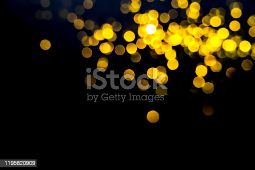 846933050 istock photo Christmas and Happy new year blurred bokeh 1195820909