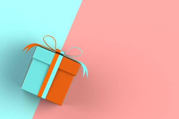 weihnachten und neujahr, geschenk-box auf blauen und roten hintergrund isoliert 3d-rendering - partylabels stock-fotos und bilder