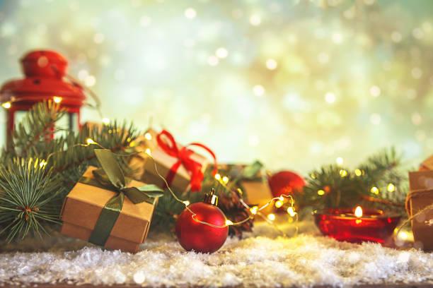 Christmas and zero waste eco friendly packaging gifts in kraft paper picture id1189990446?b=1&k=6&m=1189990446&s=612x612&w=0&h=qxksbushx5itfmqpj9o19fjwkri94l8wushohg6wy0e=