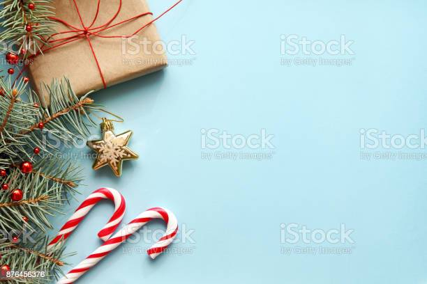 Christmas background christmas gift fir tree candy canes and picture id876456376?b=1&k=6&m=876456376&s=612x612&h=emiajddyyfwc7glfnoqvmfdpc9xupgzoi0ll8p8k0vu=