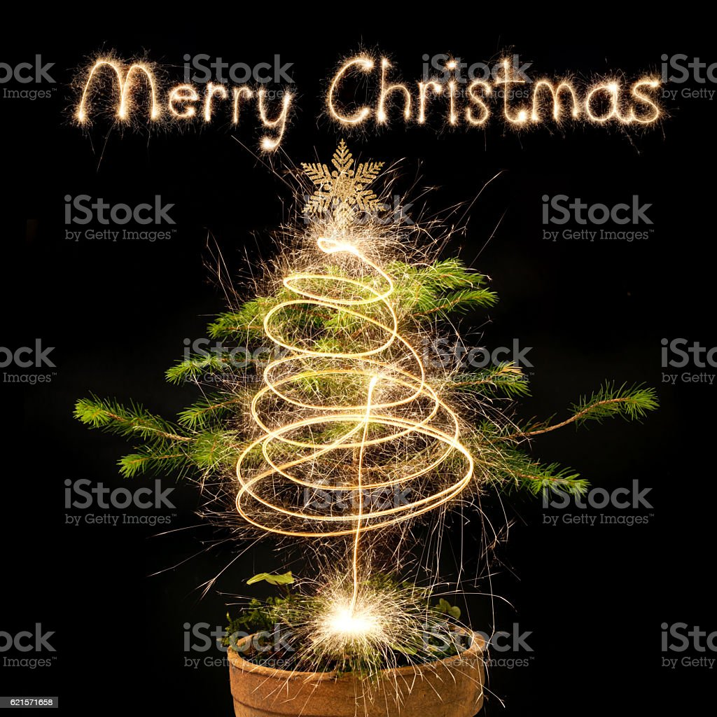 Christmas Background - Christmas Tree With Sparkler Merry Christmas photo libre de droits
