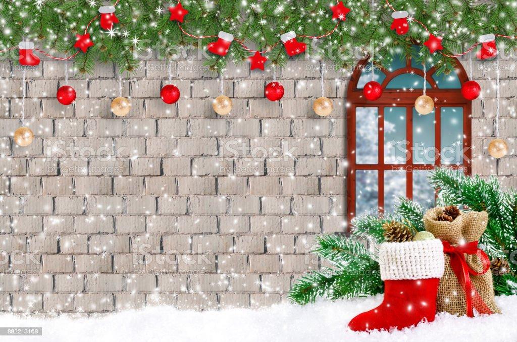 c20f51215178 Fundo de Natal com Papai Noel bota e bolsa com girts, janela e festão  decorativo