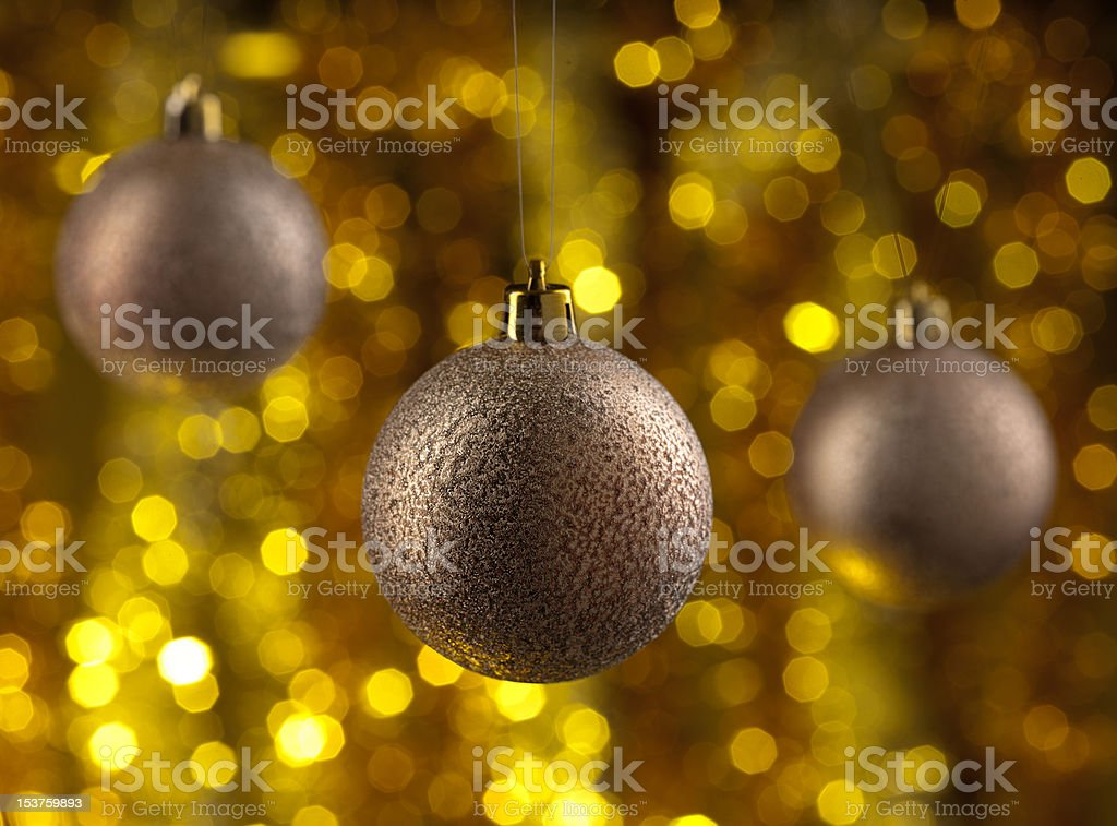 Weihnachten Kugeln auf glitzernde bachground – Foto