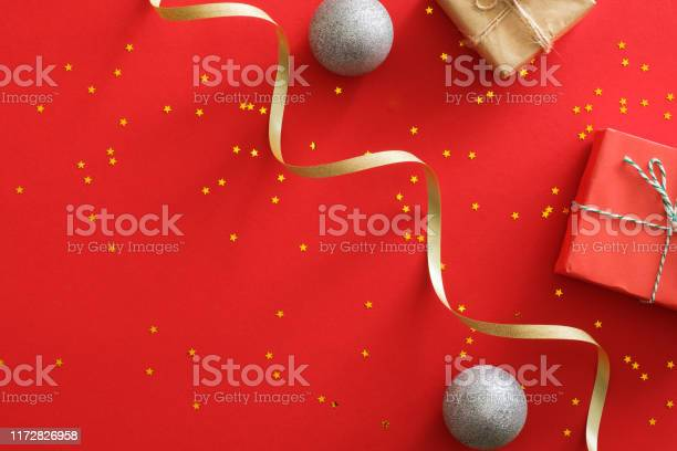 Christmas banner background xmas design of wrapped gifts box glitter picture id1172826958?b=1&k=6&m=1172826958&s=612x612&h=nis391zsfnqezt5maehscd4b8rfqv1w3wb1xuoths k=