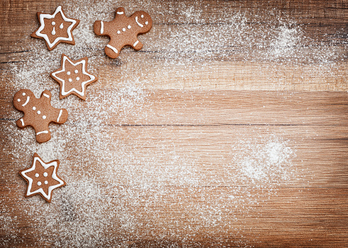 istock Christmas biscuits, gingerbread 495869958