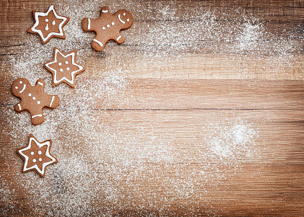 christmas biscuits, gingerbread - christmas cookies stock pictures, royalty-free photos & images