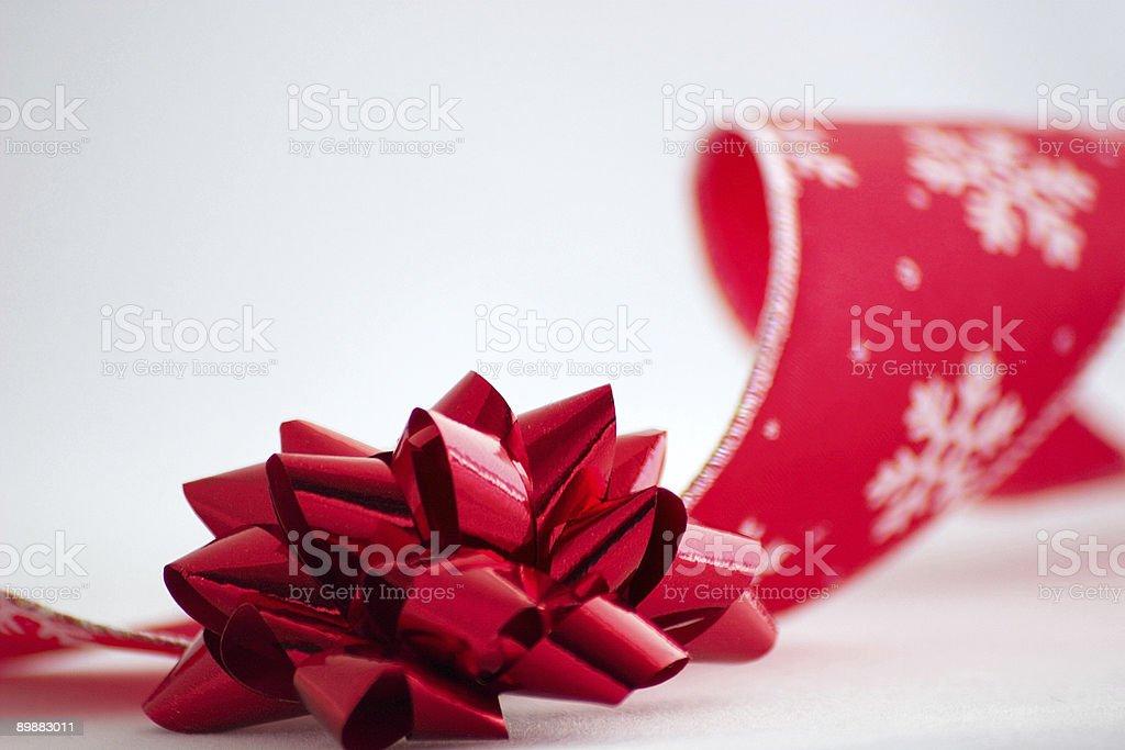Рождественский бант и лентой Стоковые фото Стоковая фотография