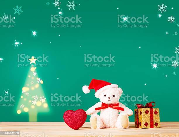 Christmas card for children cute teddy bear heartgift picture id614444278?b=1&k=6&m=614444278&s=612x612&h=utrdvzqye5ctwwy29p5vq  kvpqly0nn7p1vs6i8skc=