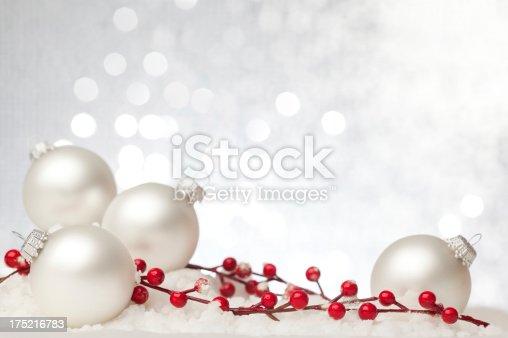 istock Christmas Card 175216783