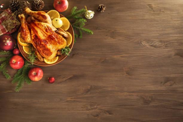 christmas chicken or turkey - thanksgiving dinner zdjęcia i obrazy z banku zdjęć