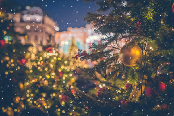 Christmas cityscape background picture id1069146150?b=1&k=6&m=1069146150&s=612x612&w=0&h=fag6srqxg9ni4hlhuhrsa2txgzufmfcutg2ueso9s48=