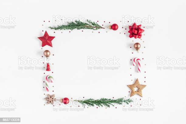 Christmas composition on white background flat lay top view picture id883713028?b=1&k=6&m=883713028&s=612x612&h=vcmgdl0efhjhs1dqwa bhev7zt0ajjvxnciynqqhi y=