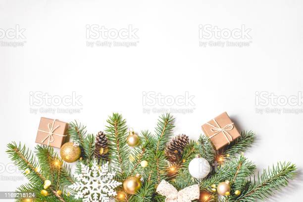 Christmas composition on white background picture id1169218124?b=1&k=6&m=1169218124&s=612x612&h=c3voc5h8df zudalmwpmnmr3panhoxtownbjhybbadm=