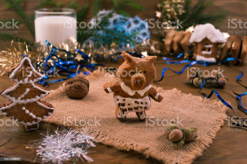 Weihnachtskekse 2019.Weihnachtsplätzchen In Form Von Lustigen Schweindas Sinnbild Für