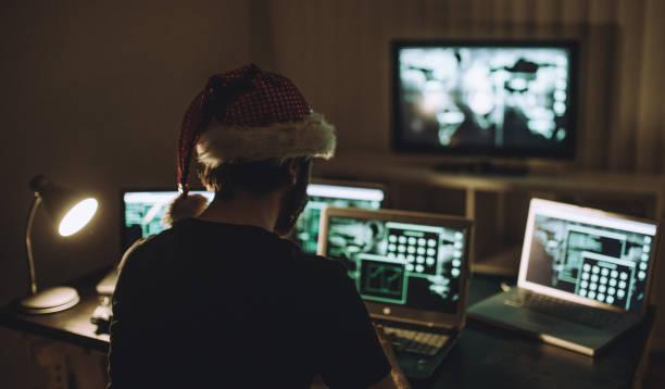 weihnachten-kriminalität - weihnachtsprogramm stock-fotos und bilder