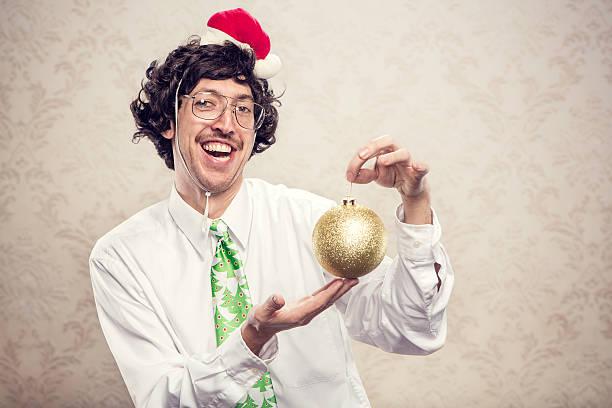 weihnachtsdekoration büroberuf - pailletten shirt stock-fotos und bilder