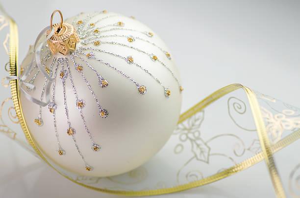 decoração de natal - gradients golden ribbons imagens e fotografias de stock