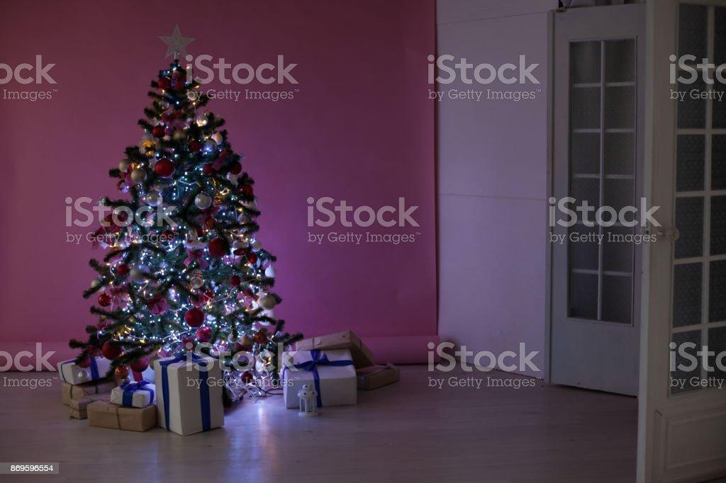 Weihnachtsdeko Geschenke.Weihnachtsdeko Weihnachtsbaum Geschenke Weihnachten Stockfoto Und