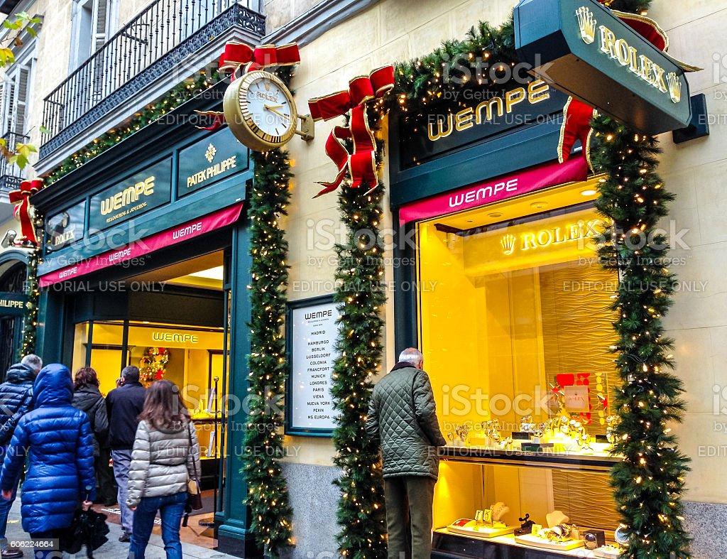 Retail Christmas Decorations