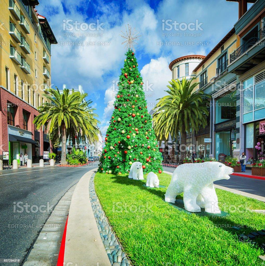 Christmas Tree San Jose: Christmas Decorations On San Joses Santana Row Shopping