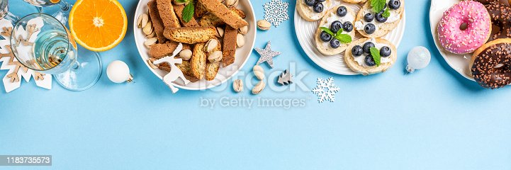 1064325668 istock photo Christmas dinner party table 1183735573