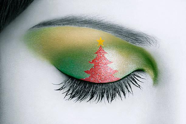 weihnachten eyelid make-up - weihnachtsideen stock-fotos und bilder