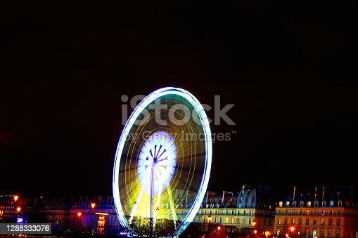 istock Christmas Ferris Wheel in Paris 1288333076