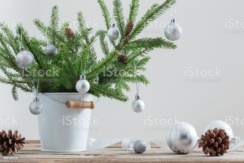 Rustic glam christmas tree decorating ideas