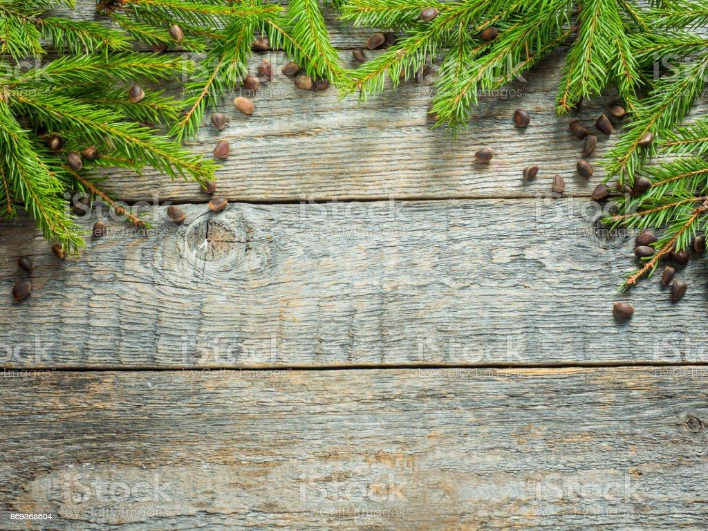 Tannenarten Weihnachtsbaum.Weihnachten Tannenarten Mit Dekoration Auf Einem Holzboard Stockfoto