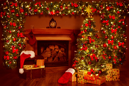Christmas Fireplace And Xmas Tree Presents Gifts ...