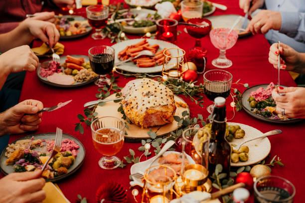 Comida de Navidad Smorgasbord - foto de stock