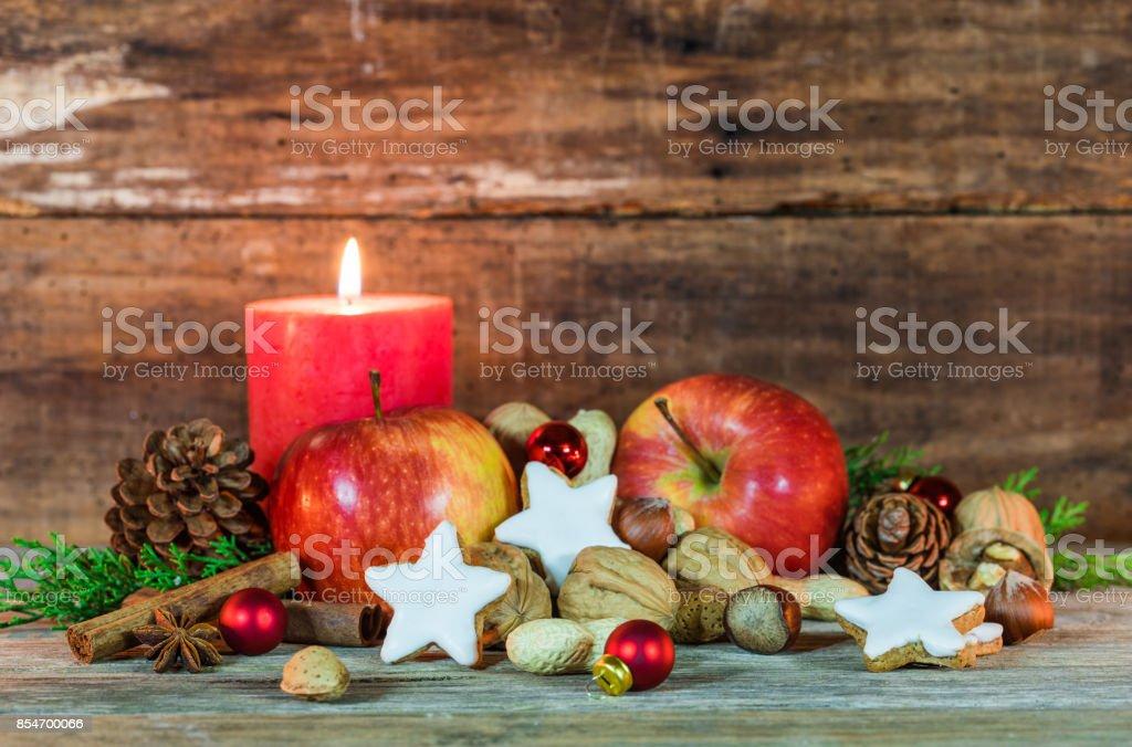 Spanien Weihnachtsessen.Weihnachtsessen Mit Kerze Dekoration Stockfoto Und Mehr Bilder Von