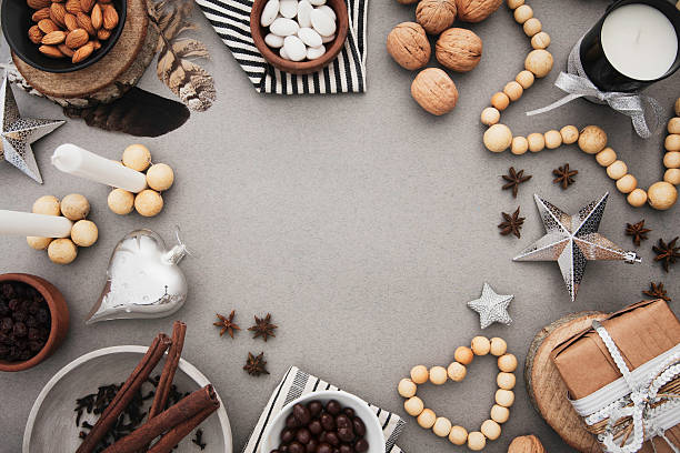 christmas frame with nordic decor and traditional food - chocolate christmas - fotografias e filmes do acervo