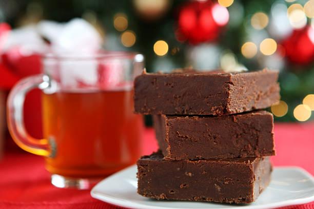weihnachts-toffee - apfelweinkuchen stock-fotos und bilder