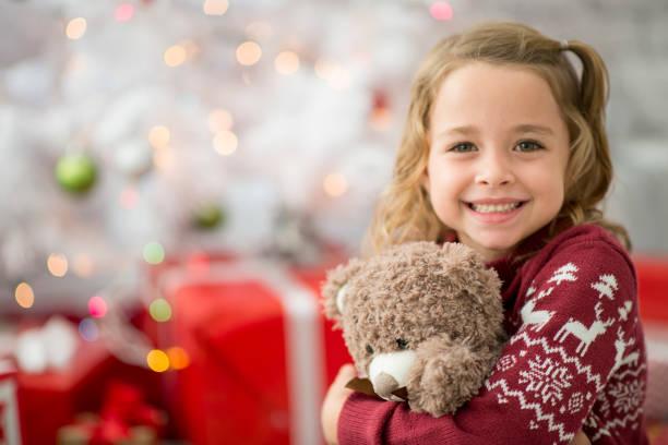 weihnachts-geschenk - festzugskleidung stock-fotos und bilder