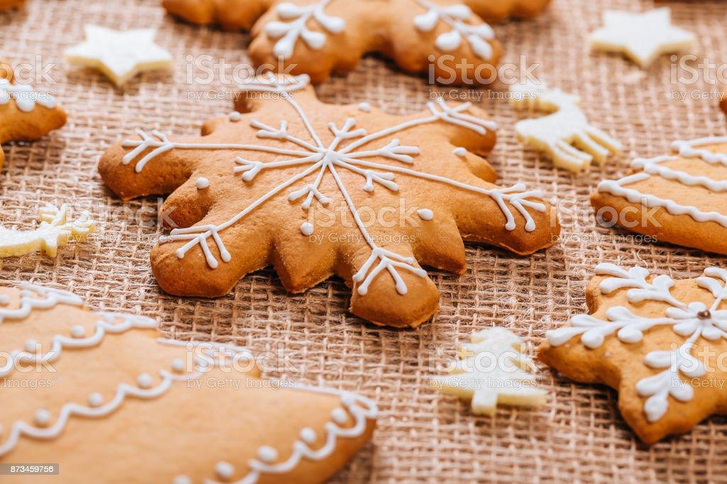 Weihnachten Lebkuchen Hausgemacht Und Neujahr Dekor Auf Tisch Mit