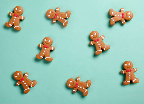Christmas gingerbread man background picture id1068858906?b=1&k=6&m=1068858906&s=612x612&w=0&h=hn16pqi qm8k6eryw o1kjxbpr3c001njulm3w9lmfg=