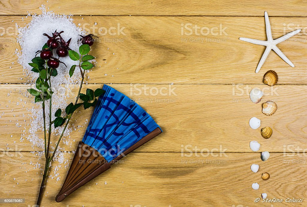 Christmas holidays at seaside, greetings card on a wooden background zbiór zdjęć royalty-free