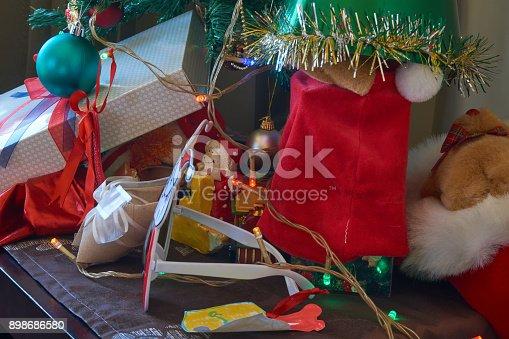 858960516 istock photo Christmas Home Decor 898686580