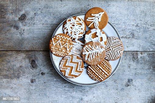 istock Christmas homemade gingerbread cookies 867297852